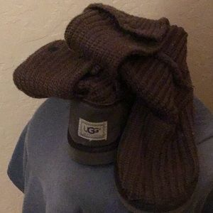 Ugg size 9 brown knit